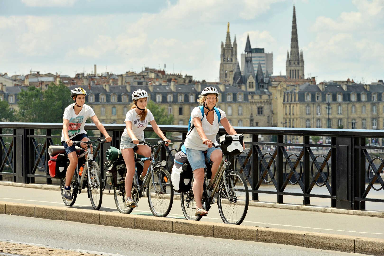 Carte Bordeaux Unesco.Bordeaux Wine Capital Of The World Le Canal Des 2 Mers A Velo
