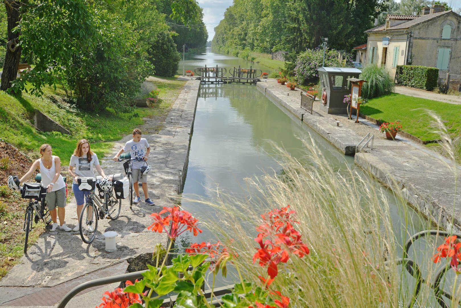 The Canal de Garonne